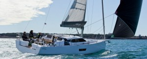 Yachts for Sale in Greece Elan GT5